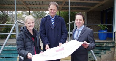 Maree Edwards MP, project architect Matt Soulsby and Castlemaine Secondary College principal Paul Frye look over the Master Plan for the final stages of the school redevelopment.