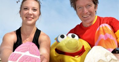 Castlemaine runner Ellissia Campbell and Dr Richard Mayes (alias The Bird) are among hundreds of participants looking forward to this Sunday's Run The Maine.
