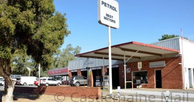 Green light for new late trade store