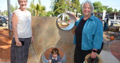 Bendigo West MP Maree Edwards, Mayor Bronwen Machin and Tara at the opening of the new play space.